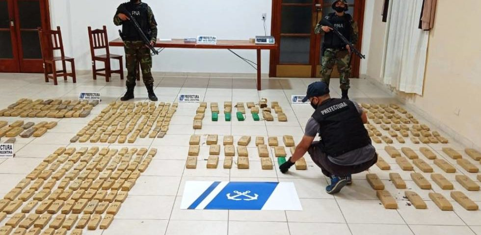 Prefectura incautó más de 322 kilos de marihuana<br></noscript></noscript><img class=